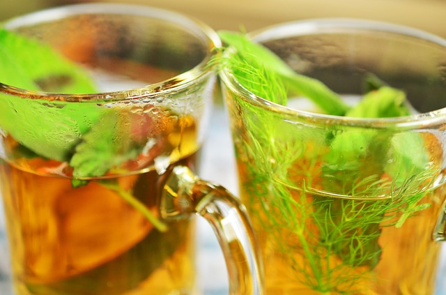 肌をきれいにする飲み物と気をつけたい飲み物一覧